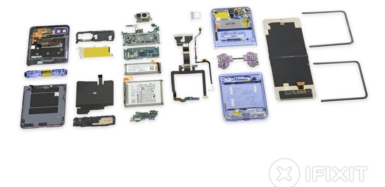 iFixit démonte le Galaxy Z Flip : 2/10 et un écran « glasstic » (c'est fantastique ?)
