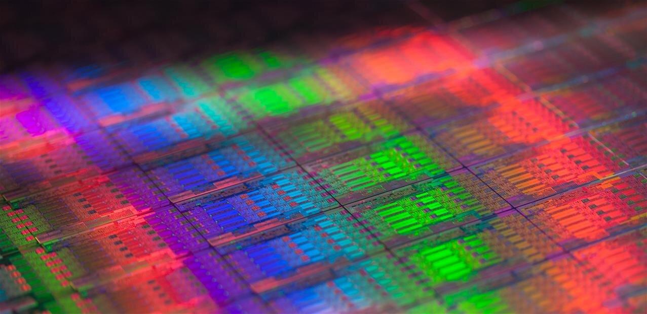 Intel : des fuites autour de Xeon E-2000 et d'un Core i7-8086K « anniversaire »
