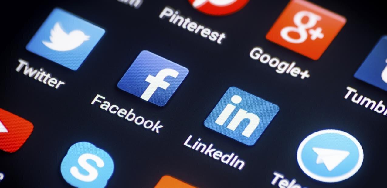 Stan Lee veut la maîtrise de ses comptes sur les réseaux sociaux