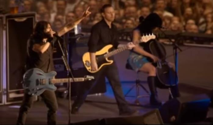 Quand les Foo Fighters rencontrent Patrick Sébastien