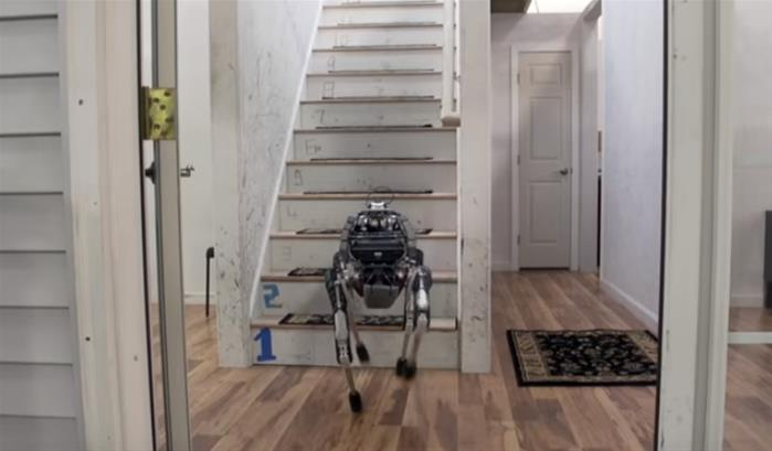 Spot mini : le nouveau robot de Boston Dynamics