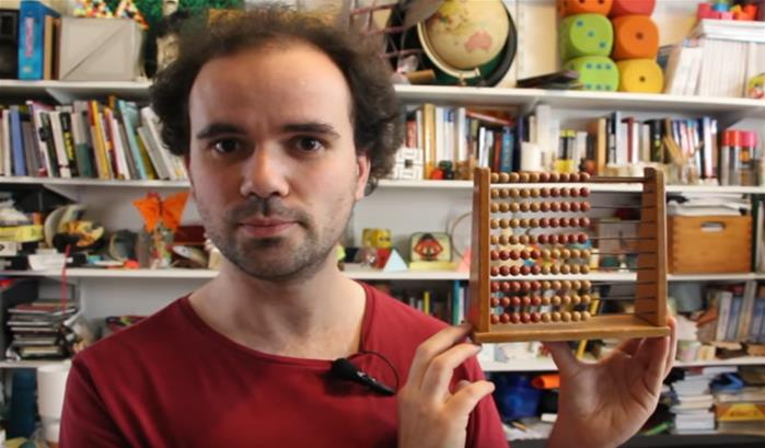 Micmaths : comment fonctionne un boulier ?